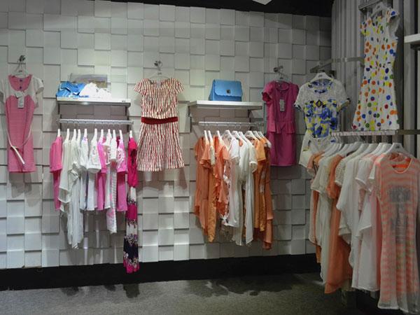 金蝶茜妮女装店铺展示