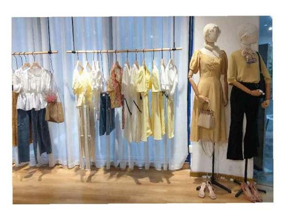 尼赫菲女装店铺展示